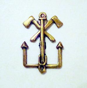 http://www.vedomstva-uniforma.ru/mundir2/emblem/emb17.jpg